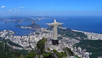 รูปปั้นพระเยซูในบราซิล