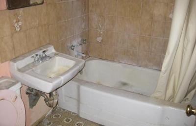วิธีทำความสะอาดผนังห้องน้ำ