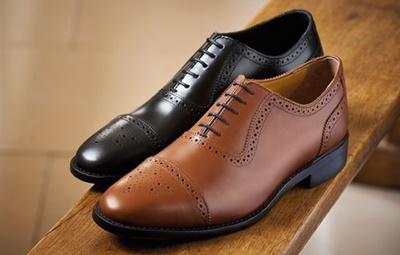 วิธีทำความสะอาดรองเท้าหนัง