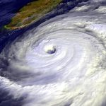 พายุไต้ฝุ่นต่างจากพายุเฮอริเคนอย่างไร